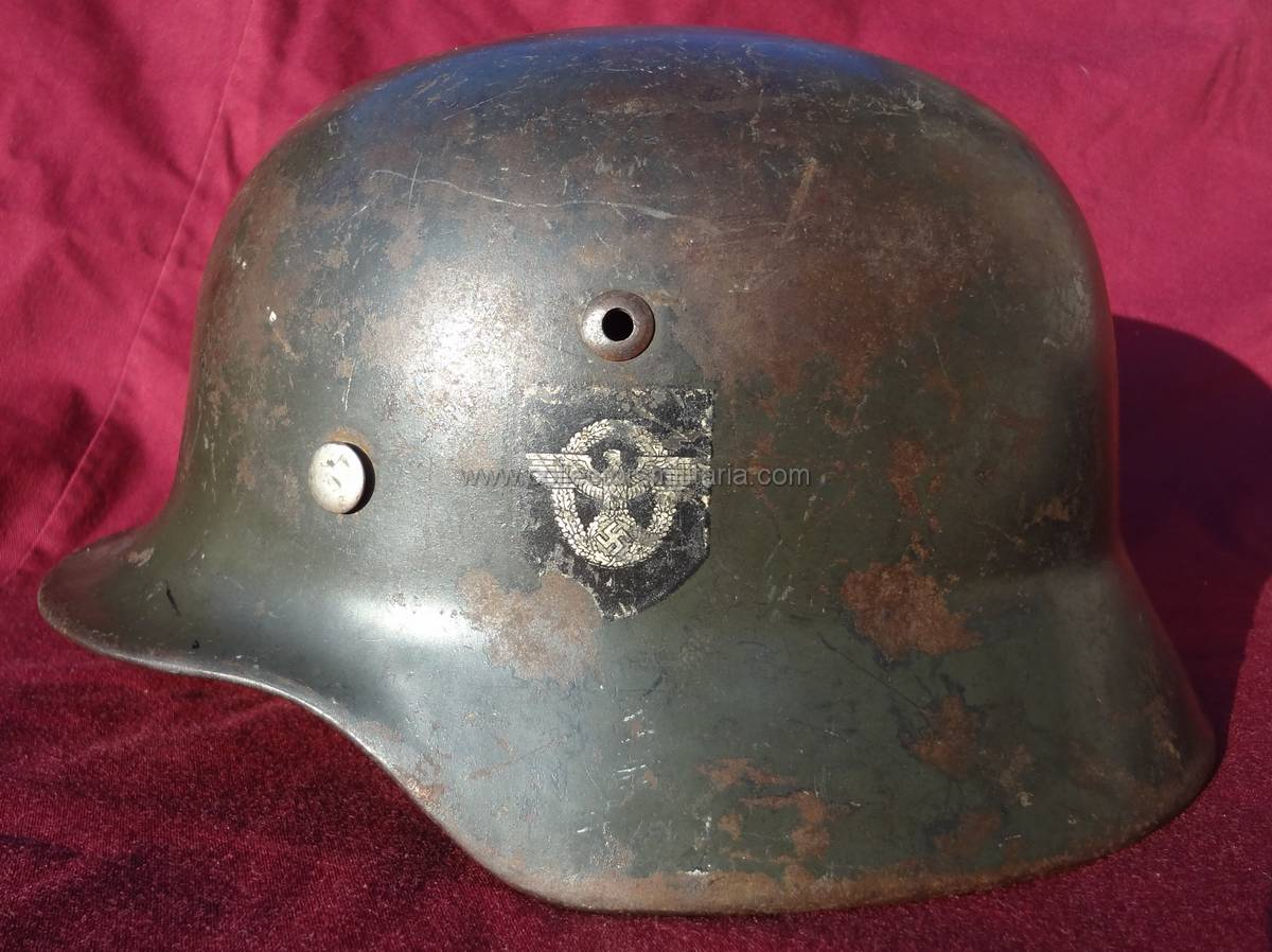 A Wwii German M35 Double Decal Police Helmet